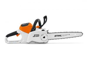 The cordless chainsaw with high cutting performance for use in noise-sensitive areas. 44% more cutting performance compared to the MSA 160 C-BQ. STIHL QUick Chain Tensioning, QuickStop SUper chain brake, tool-free fuel cap, with 1/4″ PM3 saw chain for smooth, efficient and high performance cut and bumper spikes made of metal.