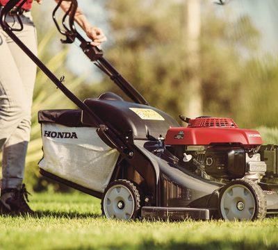Core Lawn Mowers